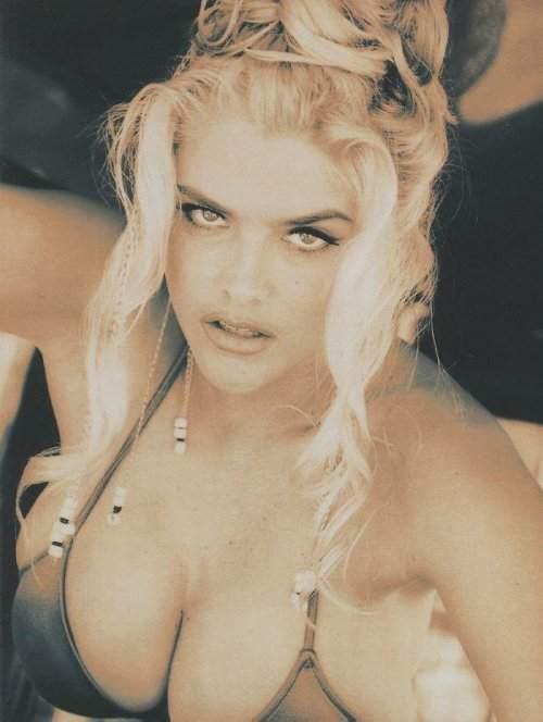 Vanessa lane solo nude